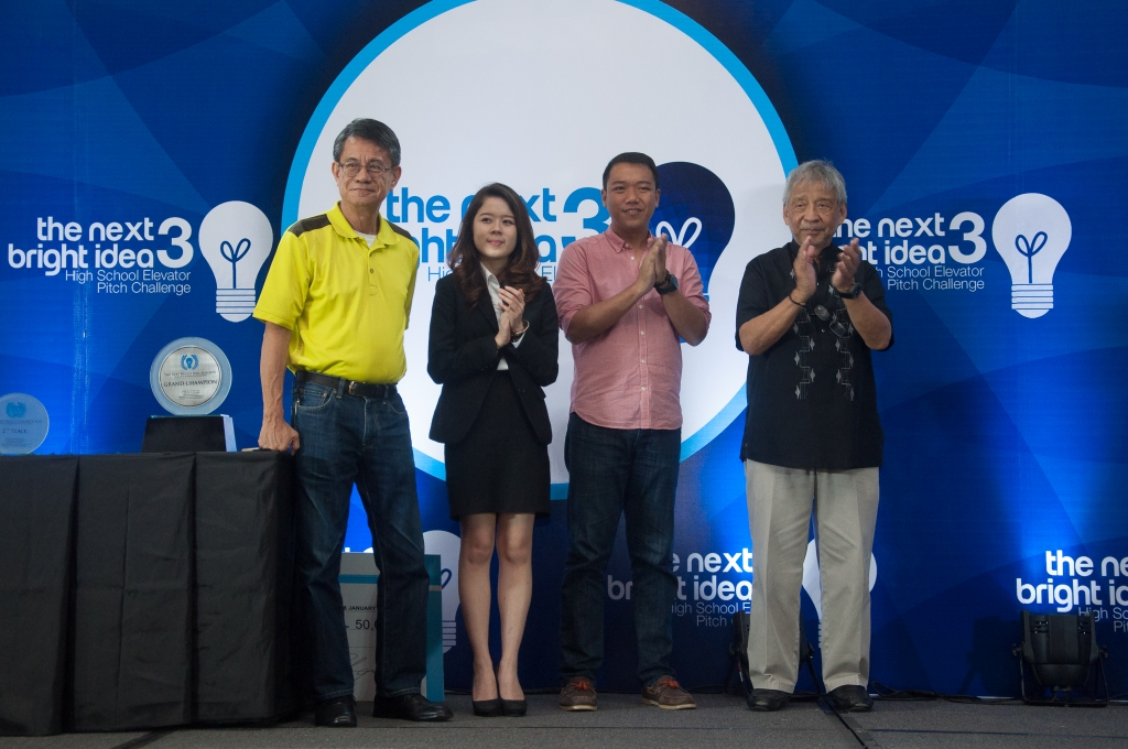 The three judges—(from left) Larry Gamboa, author of Think Rich, Pinoy!; Bea Gonzales, an Enderun Business Administration student and first runner-up of the Next Bright Idea Year 2; Patch Dulay, founder of The Spark Project, awards the winners with Enderun Colleges President Dr. Edgardo Rodriguez (right)