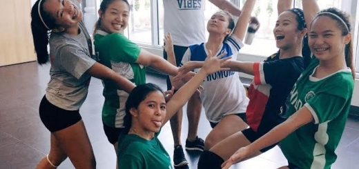 In photo left to right;  Ja Reyes, Paulina Ong, Queenie Ascutia, Angelo Espiritu (Volleyball Coach), Rox Aputen, Soph Dela Torre and Maimai Bello. Teammates not in photo Arnie Rasalan, Matisse Codiñera, Jaimie Tiu, Rica Domingo