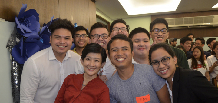 Students bond with professors at Entrep Night 2017