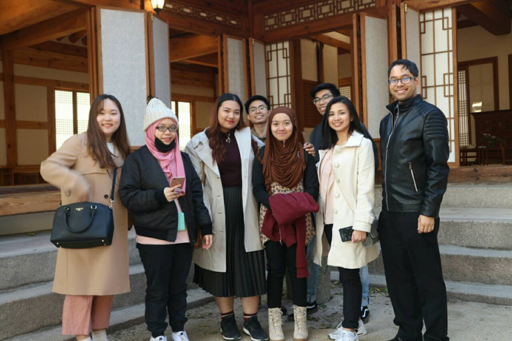 Jasmine and Charm with their peers from Namseoul University